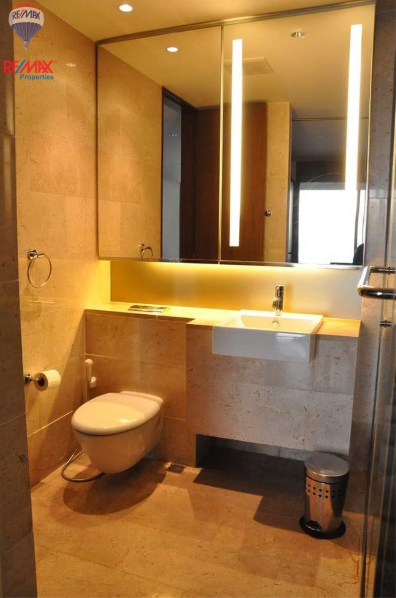 RE/MAX Properties Agency's For RENT !! 1 bedrooms 71 sqm @ Hansar Rajdamri 9