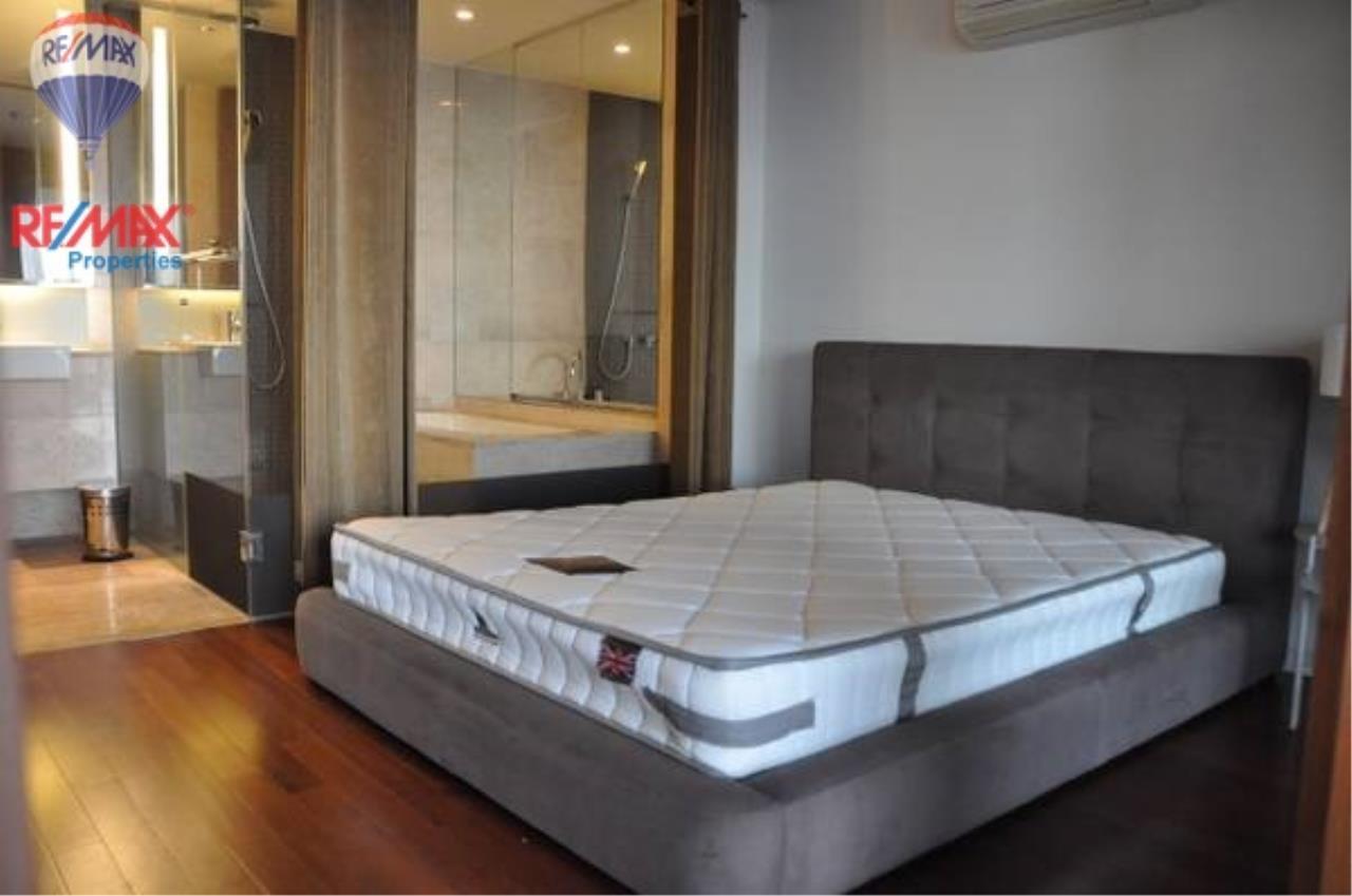 RE/MAX Properties Agency's For RENT !! 1 bedrooms 71 sqm @ Hansar Rajdamri 10