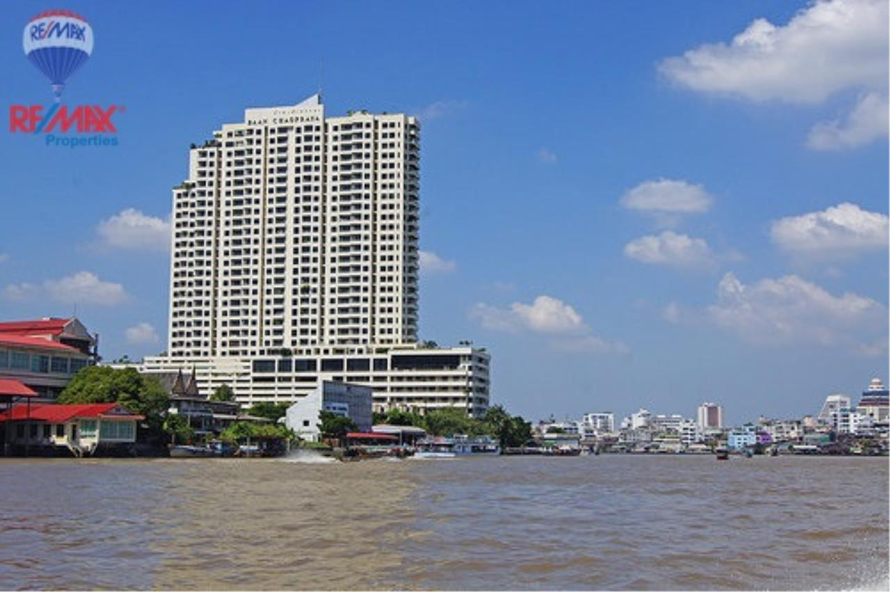 RE/MAX Properties Agency's For SALE!! Riverside Condo 3 Bed @Baan Chao Praya 1