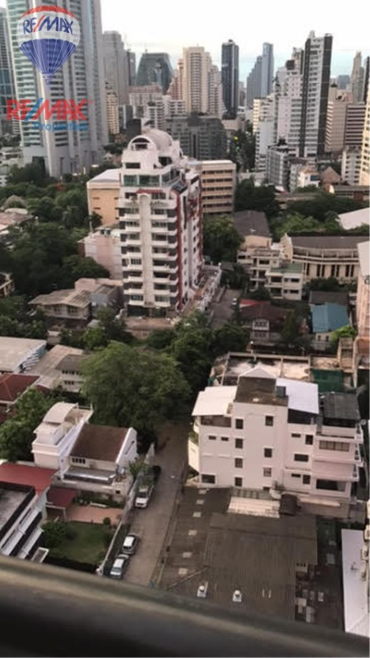 RE/MAX Properties Agency's For RENT !! 1 beds 1 baths 55 sqm @Aguston Sukhumvit 22 12