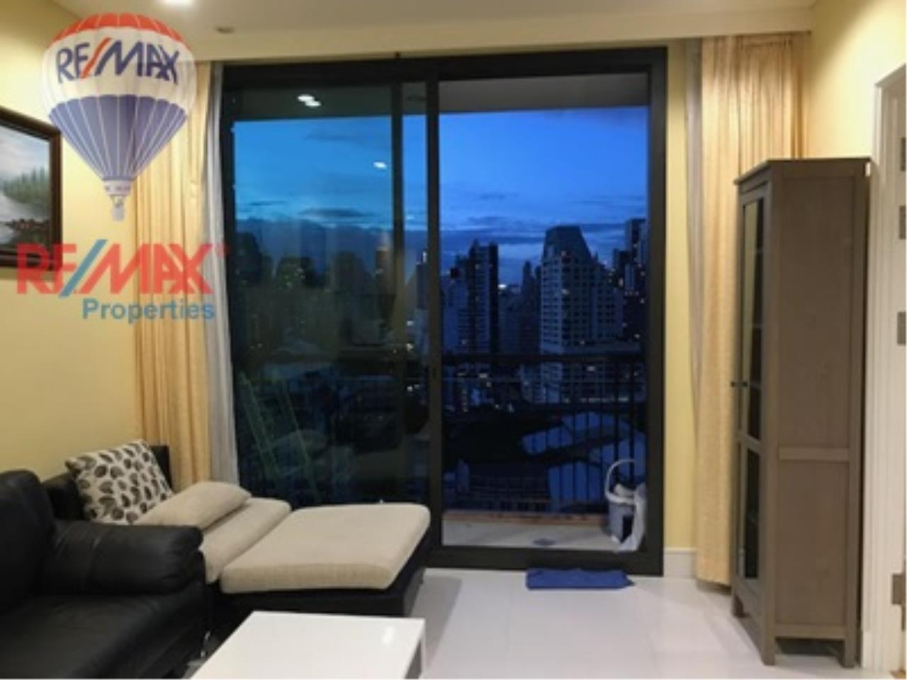 RE/MAX Properties Agency's For RENT !! 1 beds 1 baths 55 sqm @Aguston Sukhumvit 22 1