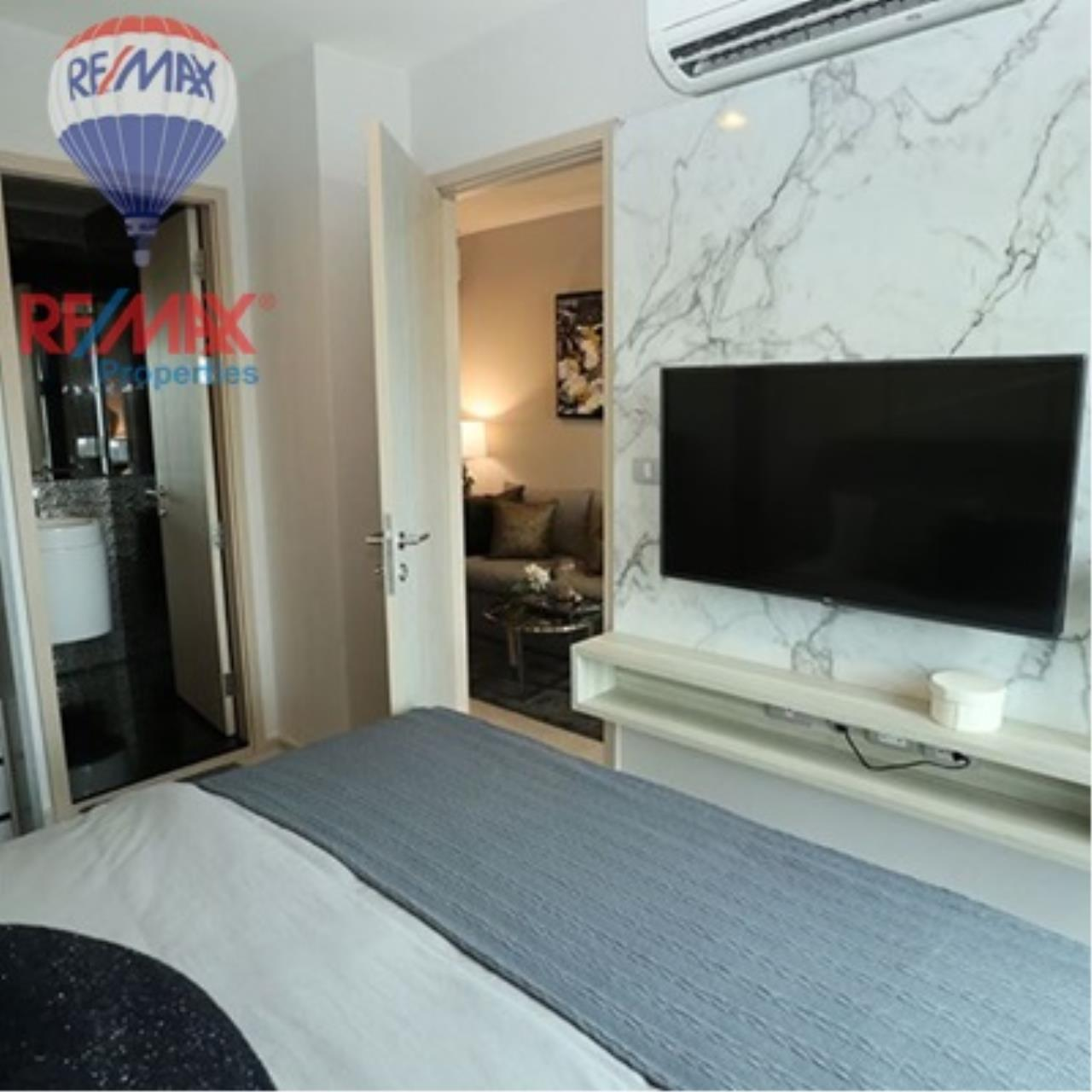 RE/MAX Properties Agency's FOR SALE - RHYTHM SUKHUMVIT 36-38 1 BED 33 SQM  9