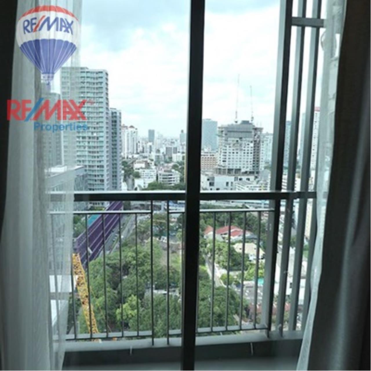 RE/MAX Properties Agency's FOR SALE - RHYTHM SUKHUMVIT 36-38 1 BED 33 SQM  10