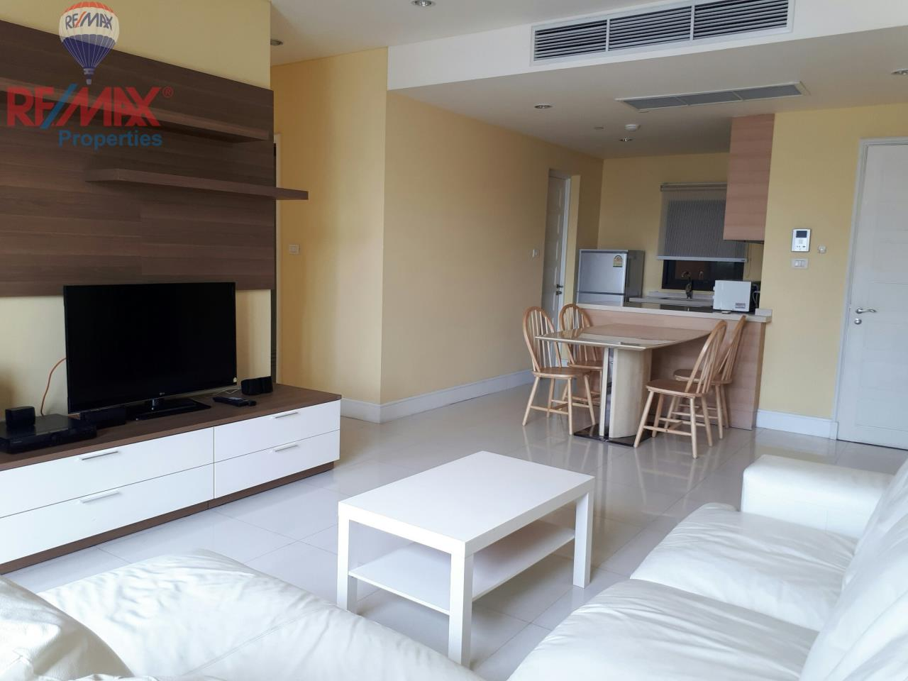 RE/MAX Properties Agency's RENT 2 Bedroom 85 Sq.m at Aguston Sukhumvit 22 1