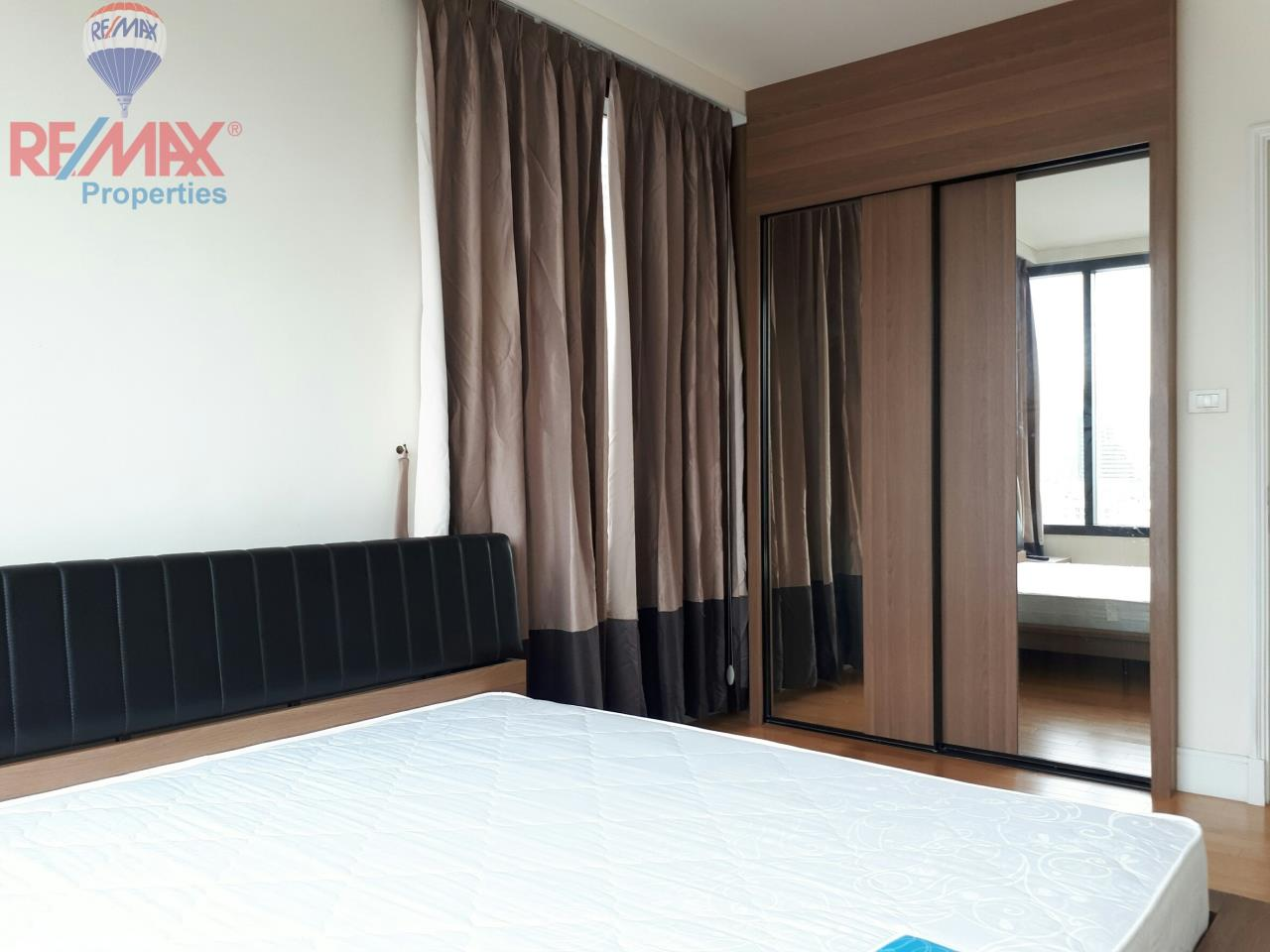RE/MAX Properties Agency's RENT 2 Bedroom 85 Sq.m at Aguston Sukhumvit 22 5