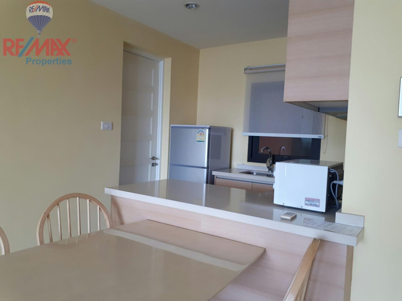 RE/MAX Properties Agency's RENT 2 Bedroom 85 Sq.m at Aguston Sukhumvit 22 7