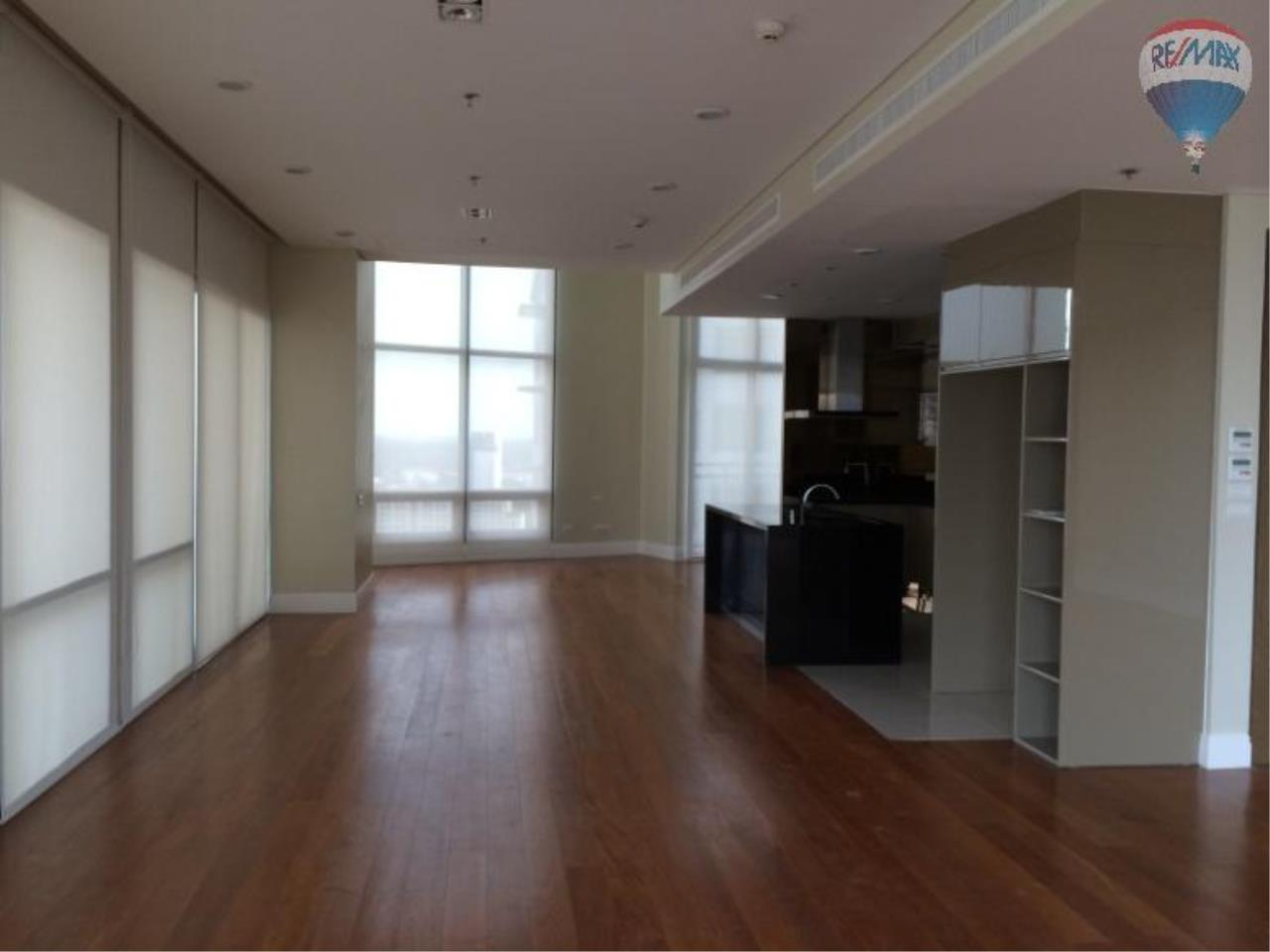 RE/MAX Properties Agency's 6 Bedroom 365 sq.m. for Rent at Bright Sukhumvit 24 20