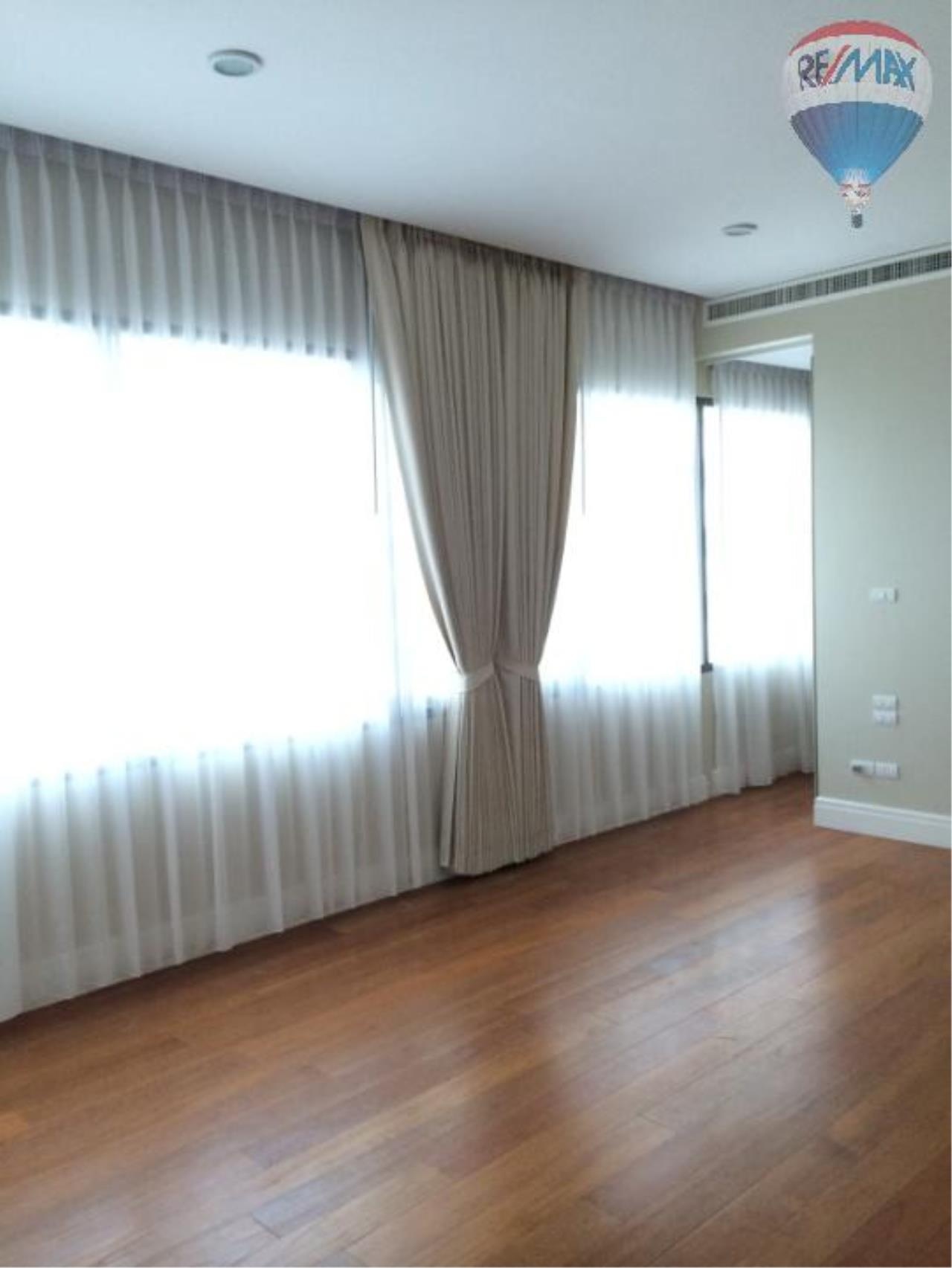 RE/MAX Properties Agency's 6 Bedroom 365 sq.m. for Rent at Bright Sukhumvit 24 25