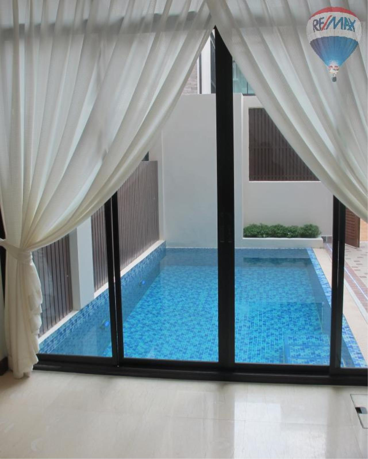 RE/MAX Properties Agency's 4 Bedroom House 450 sq.m. for Rent in Sukhumvit 24 10
