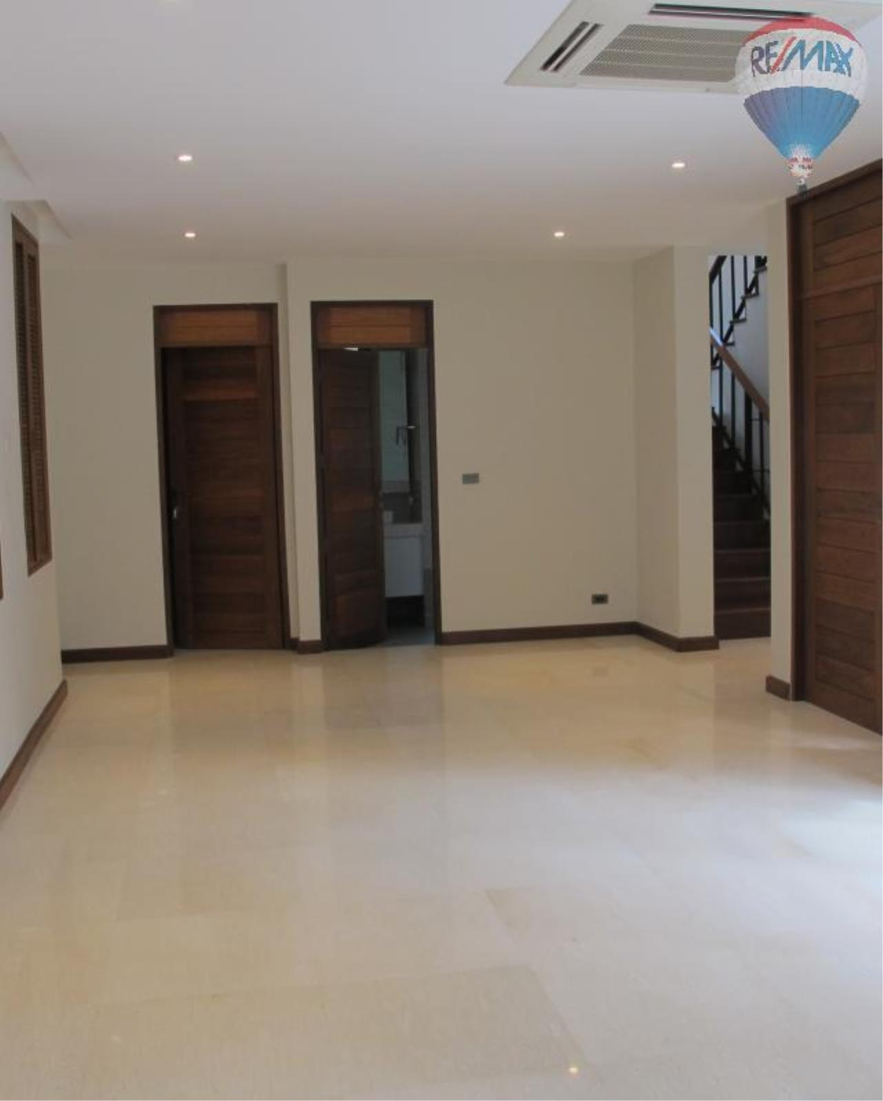 RE/MAX Properties Agency's 4 Bedroom House 450 sq.m. for Rent in Sukhumvit 24 4