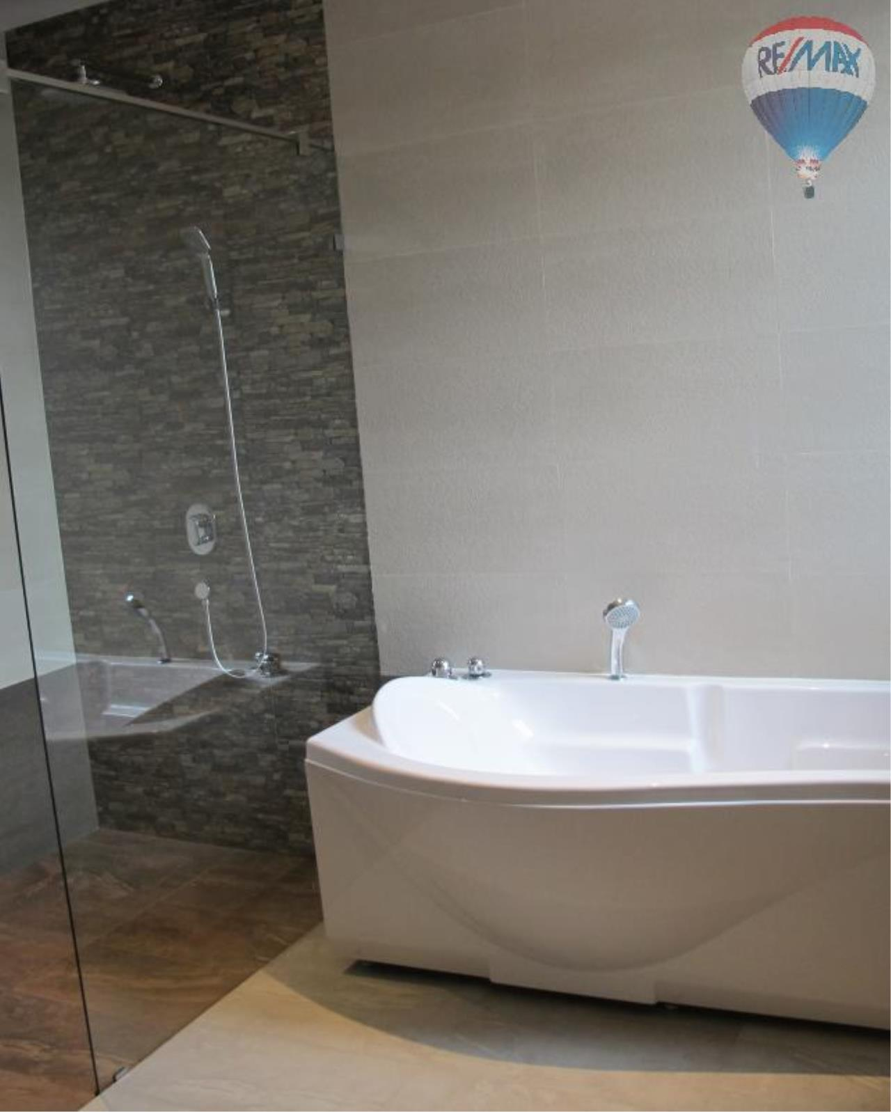 RE/MAX Properties Agency's 5 Bedroom 600 sq.m. for Rent in Sukhumvit 24 11