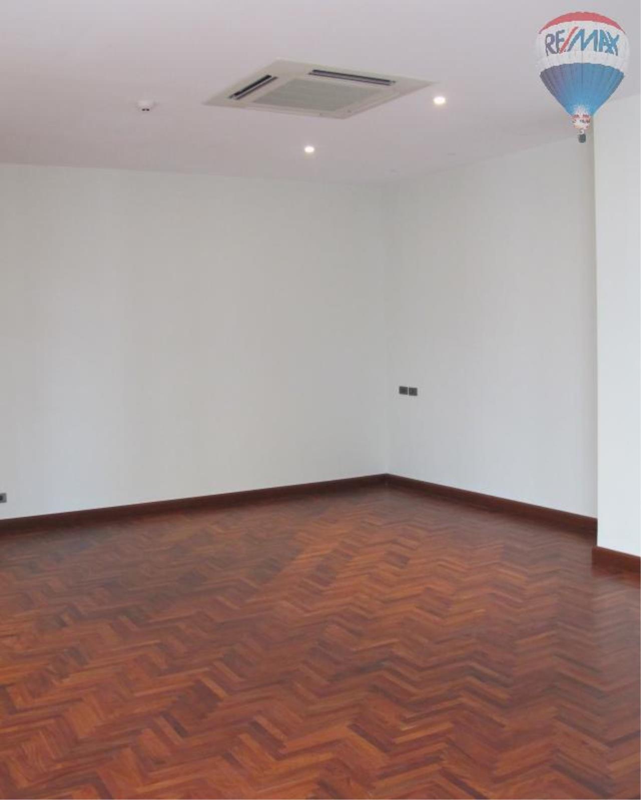RE/MAX Properties Agency's 5 Bedroom 600 sq.m. for Rent in Sukhumvit 24 22