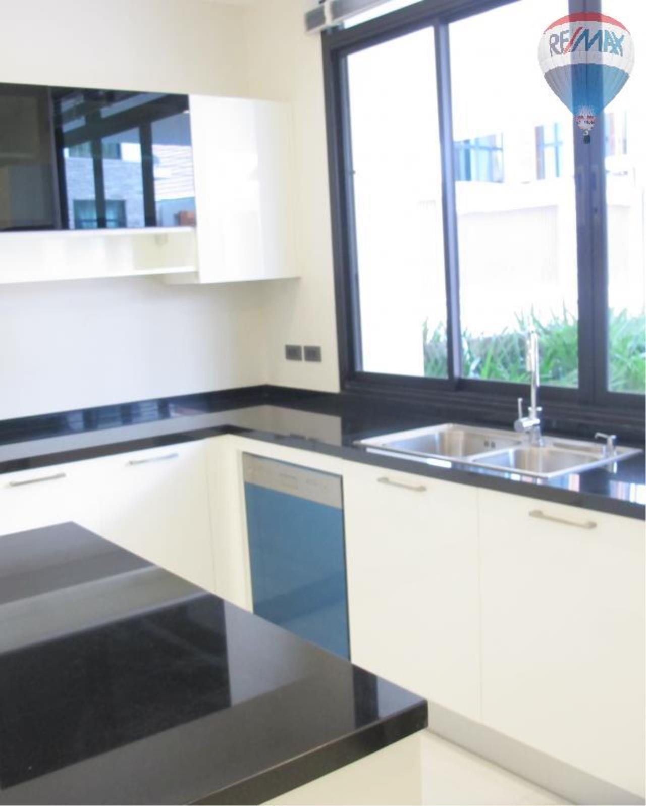 RE/MAX Properties Agency's 5 Bedroom 600 sq.m. for Rent in Sukhumvit 24 23