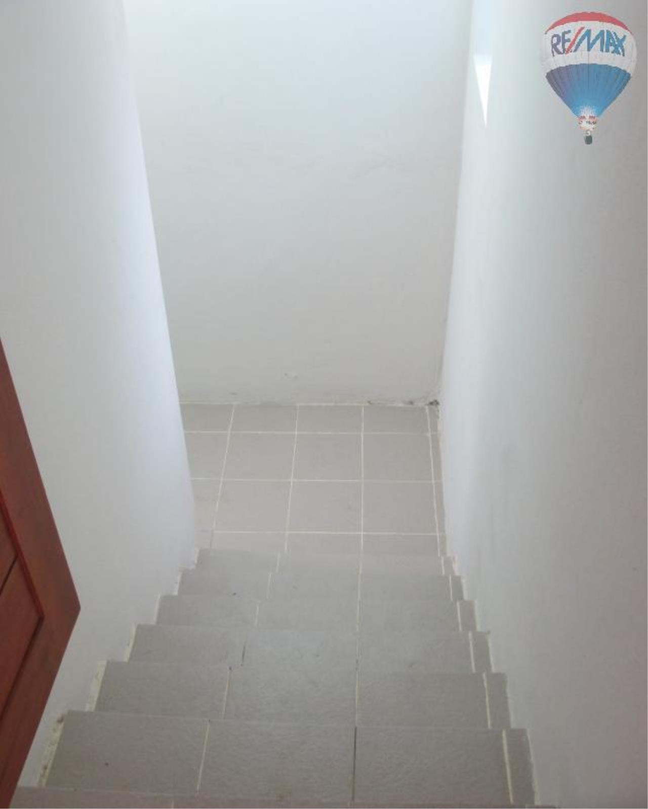 RE/MAX Properties Agency's 5 Bedroom 600 sq.m. for Rent in Sukhumvit 24 25