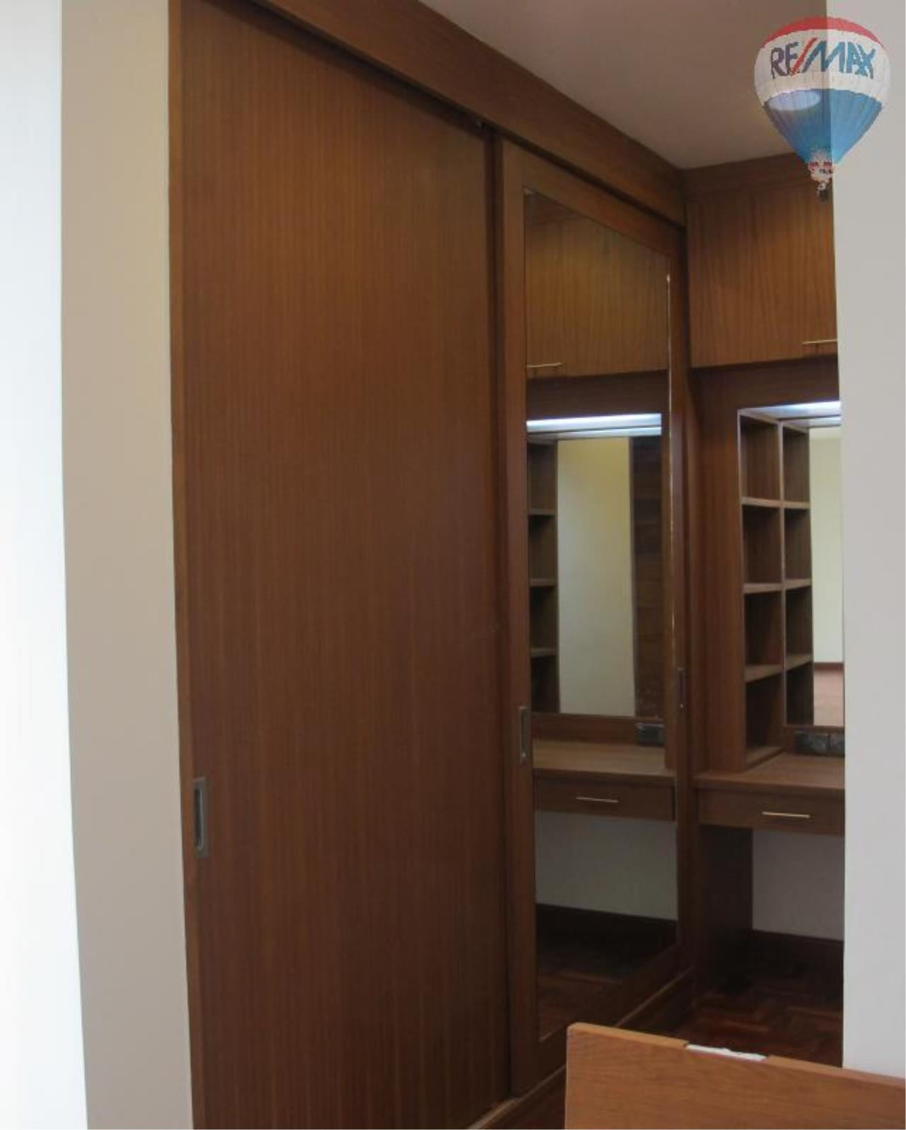RE/MAX Properties Agency's 5 Bedroom 600 sq.m. for Rent in Sukhumvit 24 7