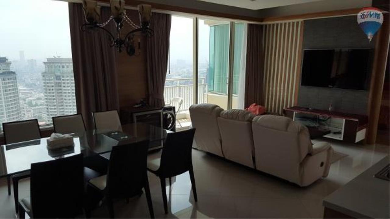 RE/MAX Properties Agency's 3 Bedroom Apartment for Rent in Sathorn 1
