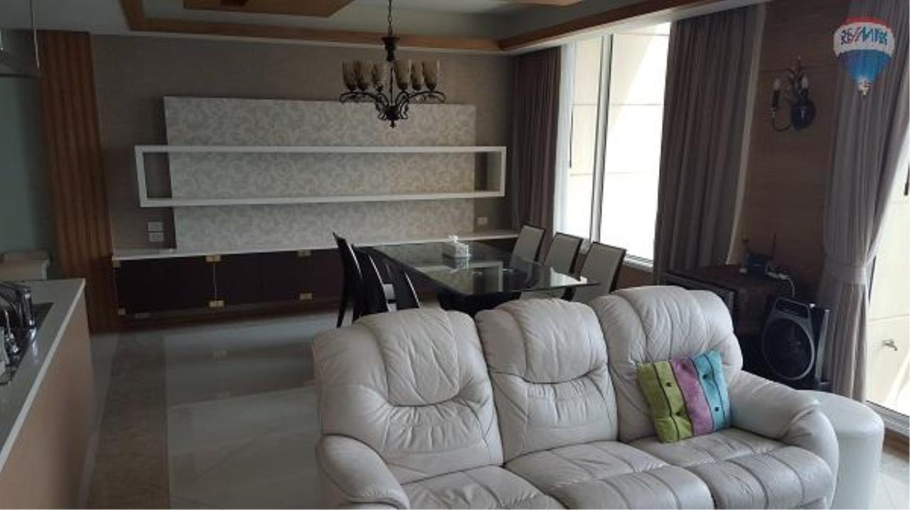 RE/MAX Properties Agency's 3 Bedroom Apartment for Rent in Sathorn 2