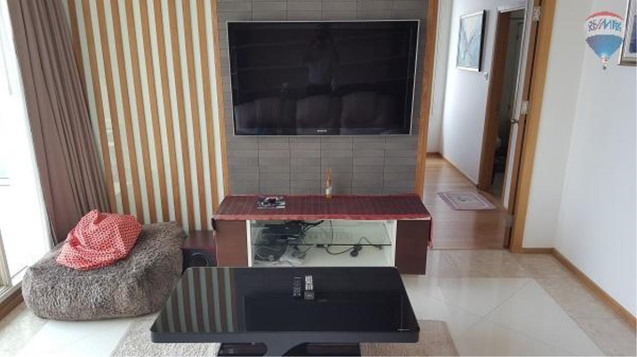RE/MAX Properties Agency's 3 Bedroom Apartment for Rent in Sathorn 3
