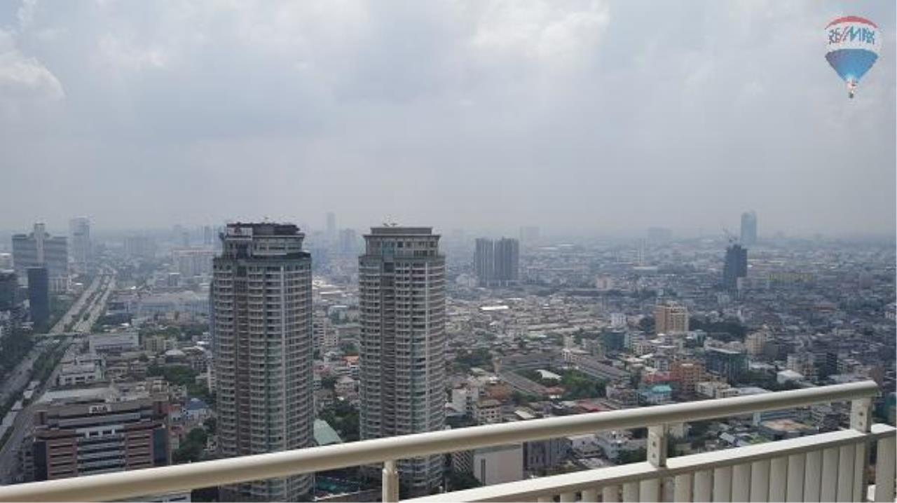 RE/MAX Properties Agency's 3 Bedroom Apartment for Rent in Sathorn 9