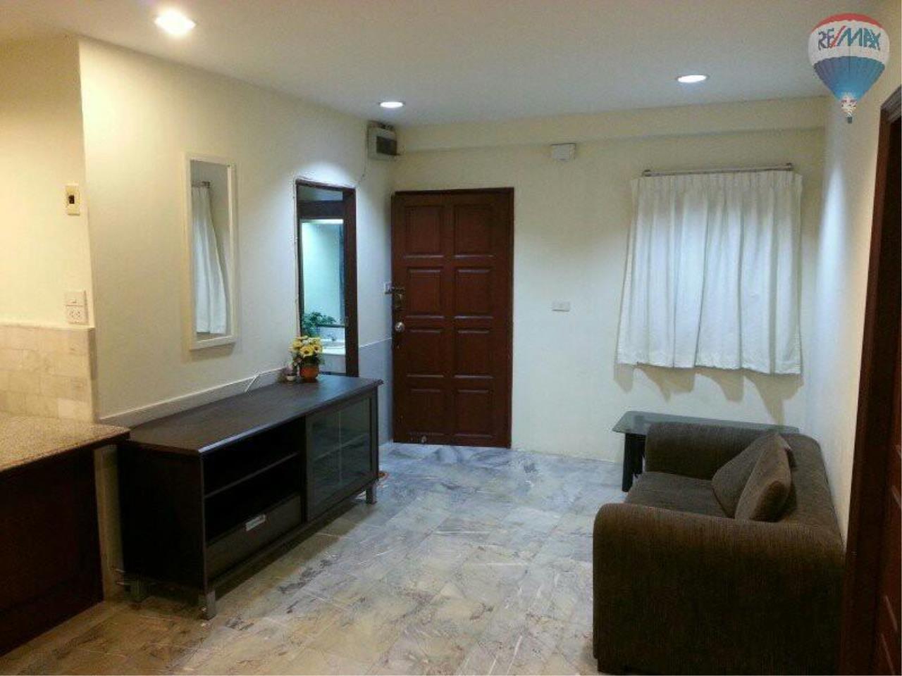 RE/MAX Properties Agency's 1 Bedroom 56 Sq.m for SALE at Saranjai Mansion,Sukhumvit Soi 4 (Nana) 2