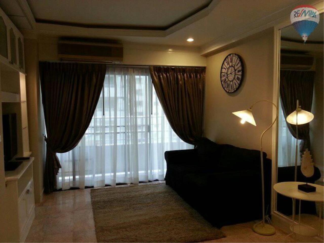 RE/MAX Properties Agency's 1 Bedroom 60 Sq.m for RENT at Saranjai Mansion,Sukhumvit Soi 4 (Nana) 1