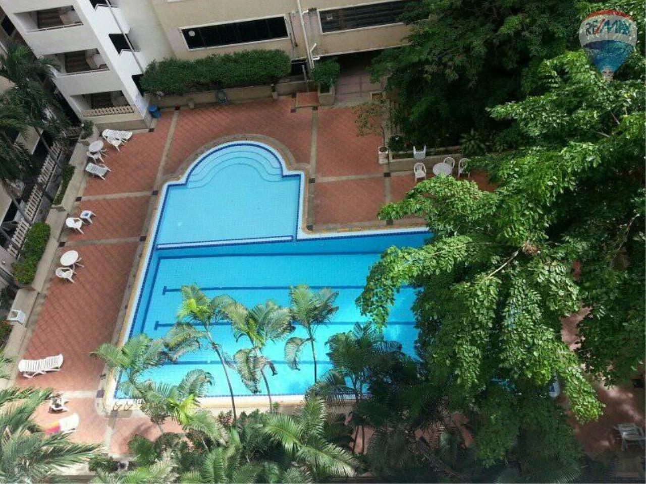 RE/MAX Properties Agency's 1 Bedroom 60 Sq.m for RENT at Saranjai Mansion,Sukhumvit Soi 4 (Nana) 14