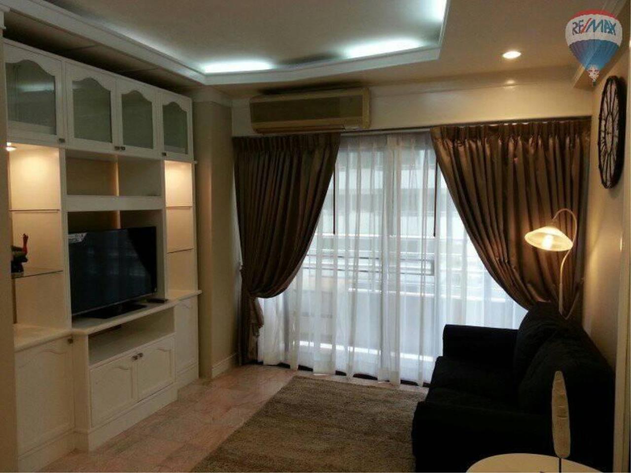 RE/MAX Properties Agency's 1 Bedroom 60 Sq.m for RENT at Saranjai Mansion,Sukhumvit Soi 4 (Nana) 3