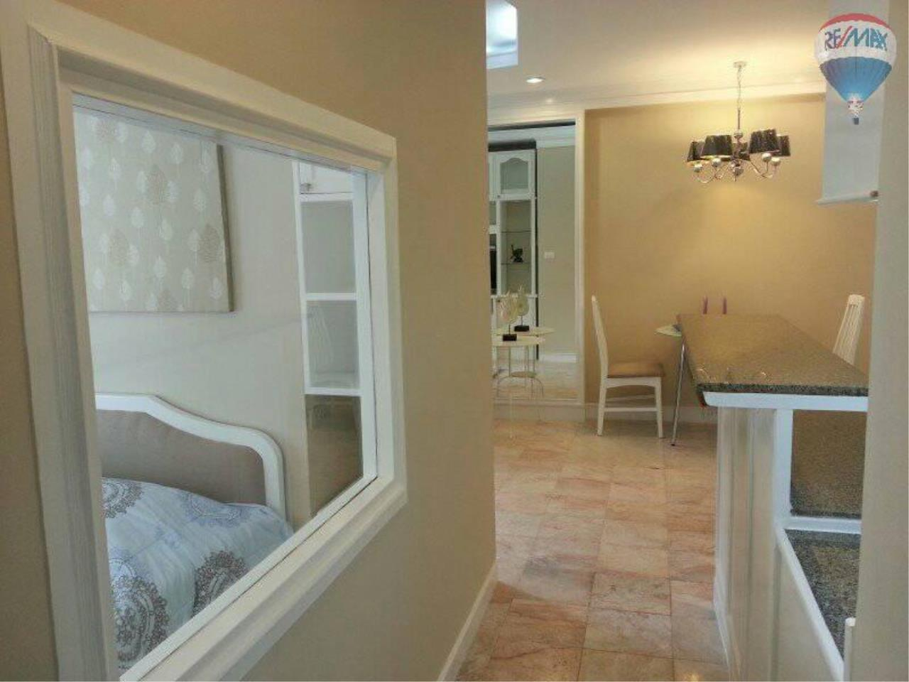 RE/MAX Properties Agency's 1 Bedroom 60 Sq.m for RENT at Saranjai Mansion,Sukhumvit Soi 4 (Nana) 5