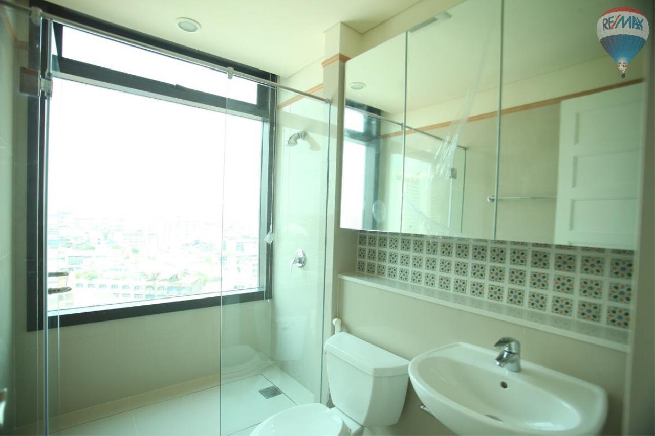RE/MAX Properties Agency's Aguston Sukhumvit 22 12