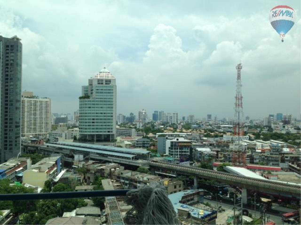 RE/MAX Properties Agency's 2 Bedroom Apartment  - Sukhumvit Plus , Prakaong  13