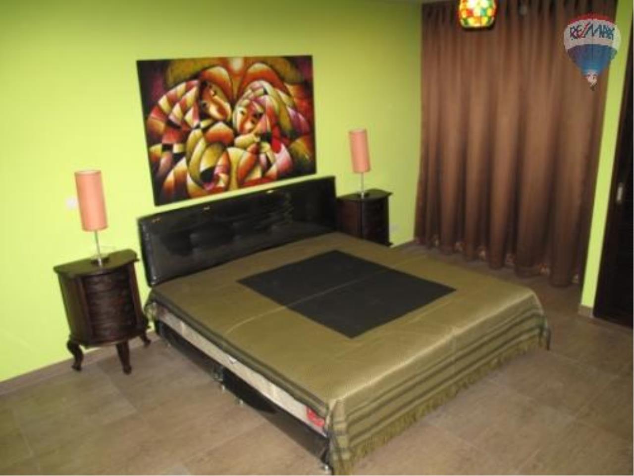 RE/MAX Properties Agency's 2 Bedroom for SALE 3