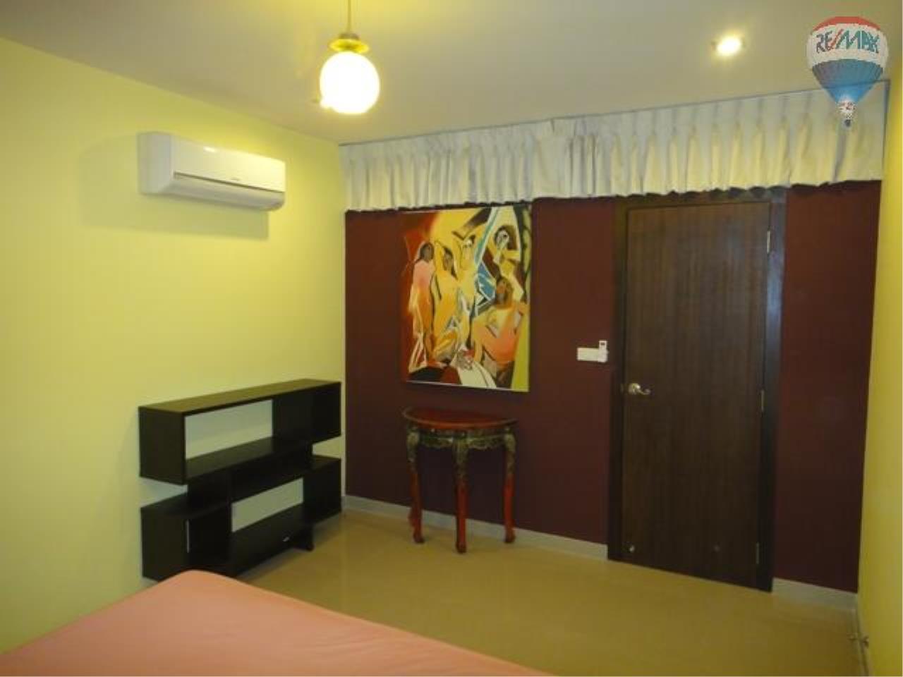 RE/MAX Properties Agency's 2 Bedroom for SALE 4