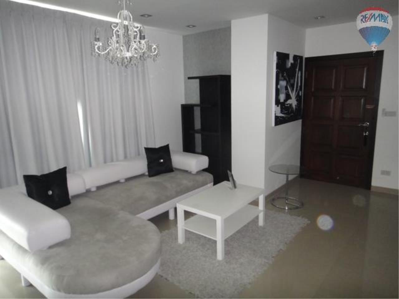 RE/MAX Properties Agency's 2 Bedroom for SALE 7
