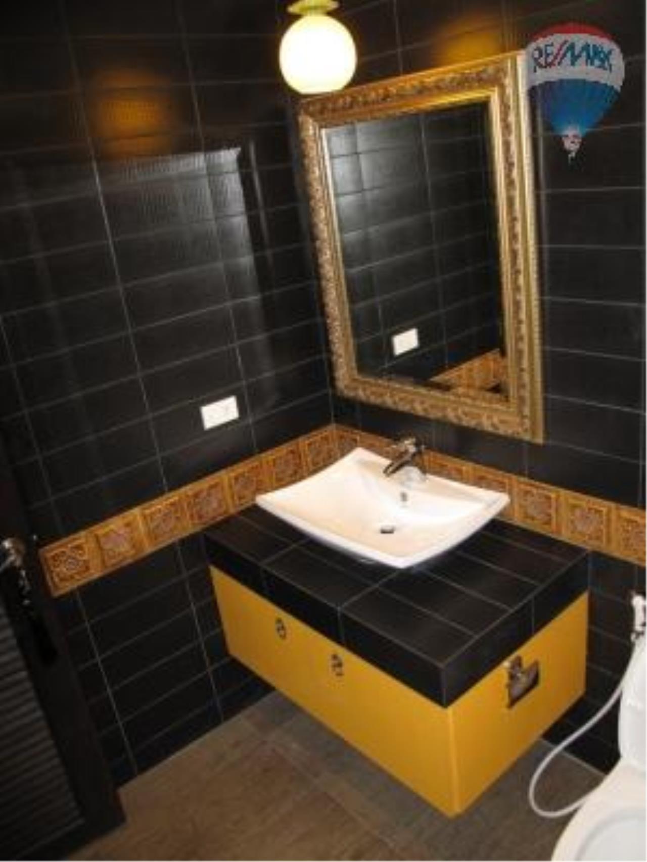 RE/MAX Properties Agency's 2 Bedroom for SALE 9