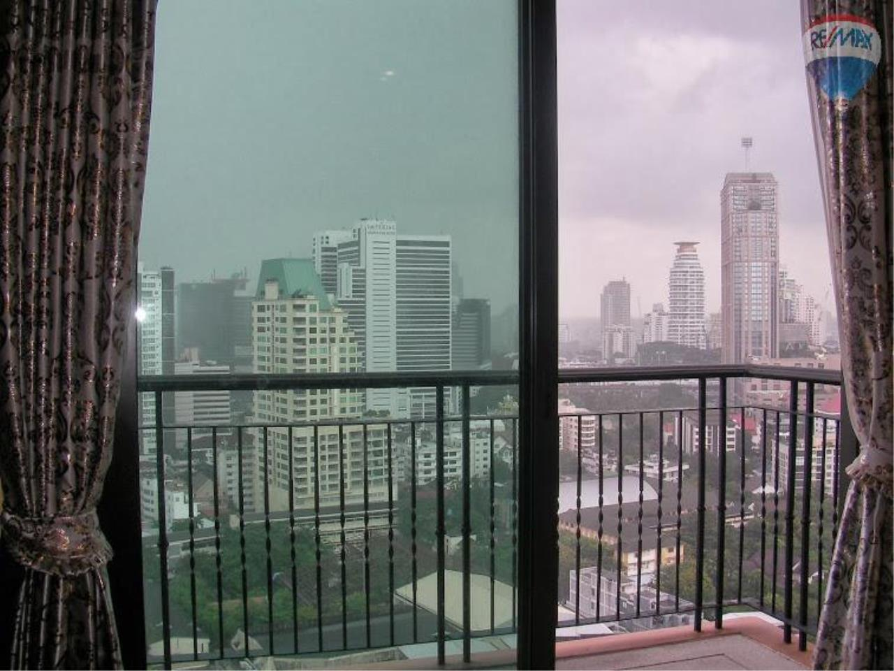 RE/MAX Properties Agency's 1 Bedroom for Sale at Sukhumvit 22 5