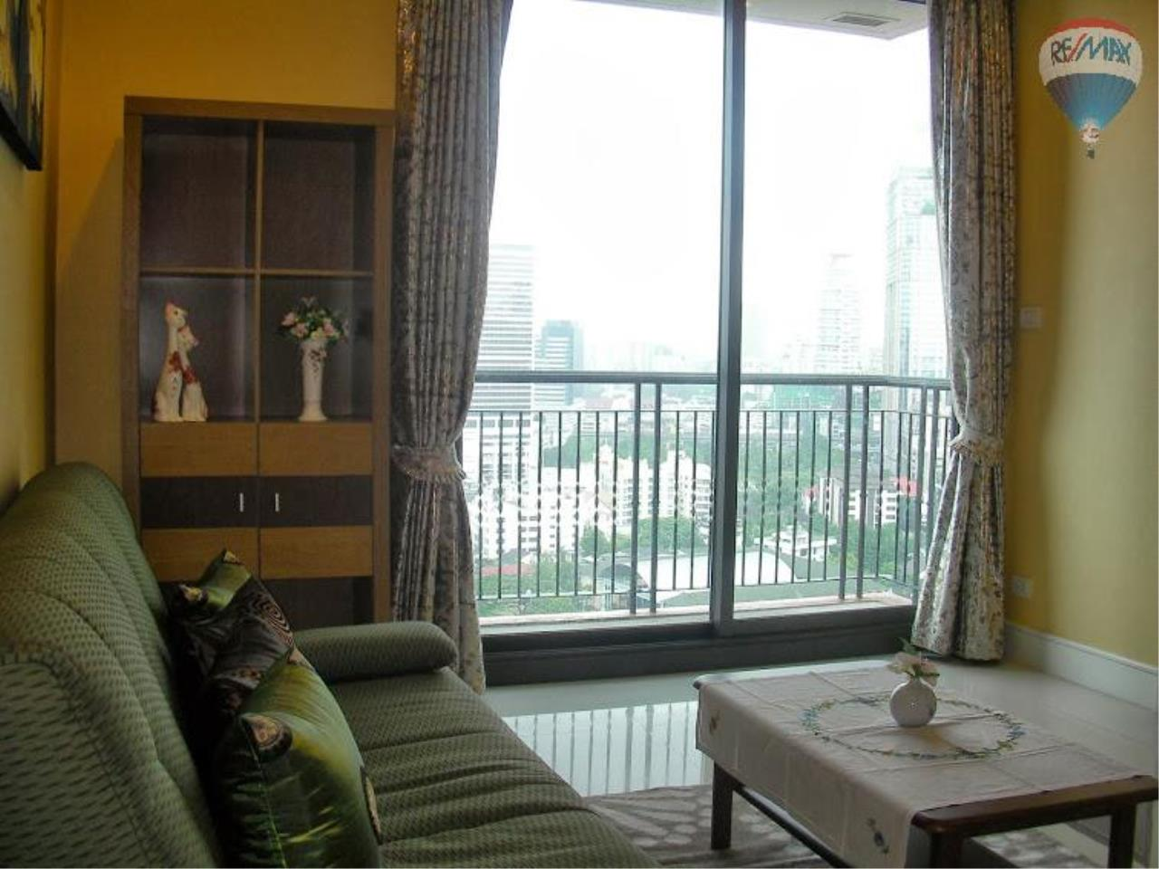 RE/MAX Properties Agency's 1 Bedroom for Sale at Sukhumvit 22 6