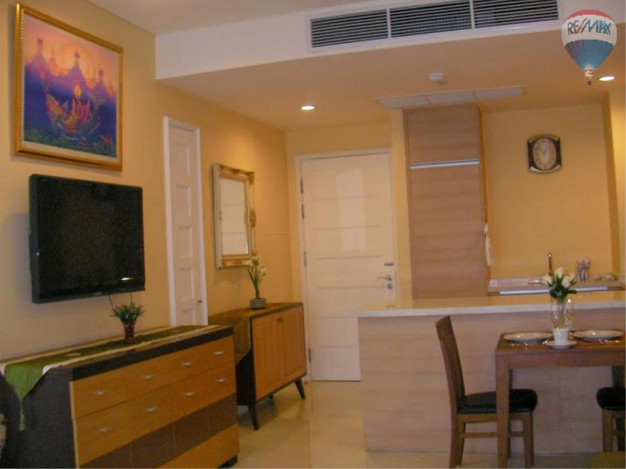 RE/MAX Properties Agency's 1 Bedroom for Sale at Sukhumvit 22 8