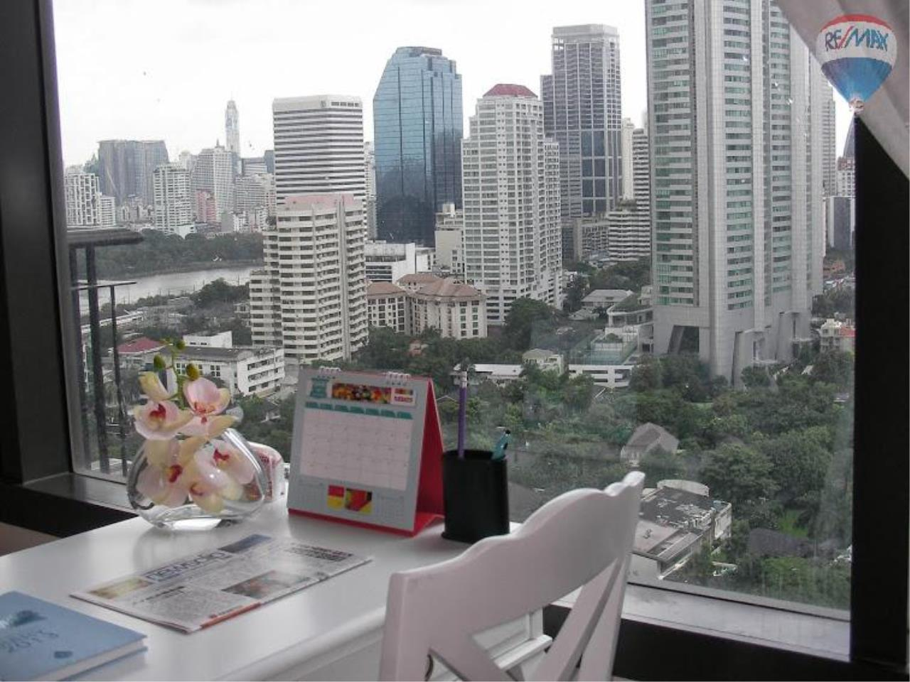 RE/MAX Properties Agency's 1 Bedroom for Sale at Sukhumvit 22 9