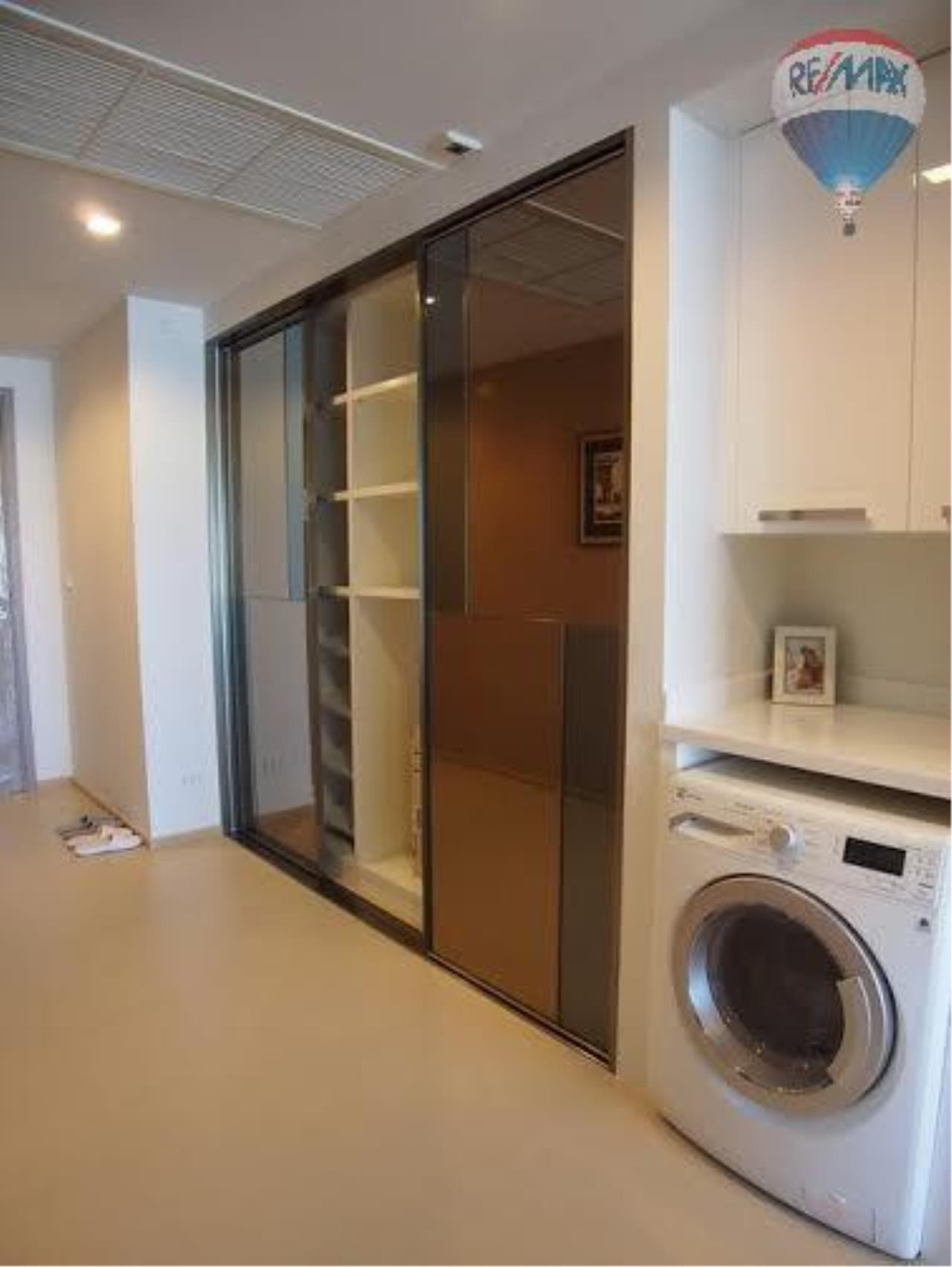 RE/MAX Properties Agency's 2 Bedrooms 100 Sq.M. in HQ by Sansiri for sale 6
