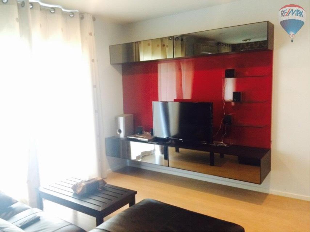 RE/MAX Properties Agency's Condominium for rent 2 bedrooms 92 Sq.m. at Renova Residence 16