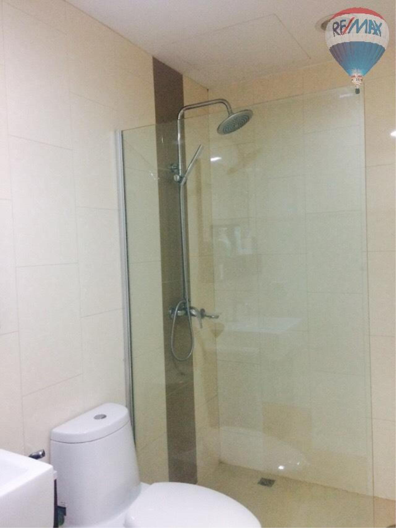 RE/MAX Properties Agency's Condominium for rent 2 bedrooms 92 Sq.m. at Renova Residence 17