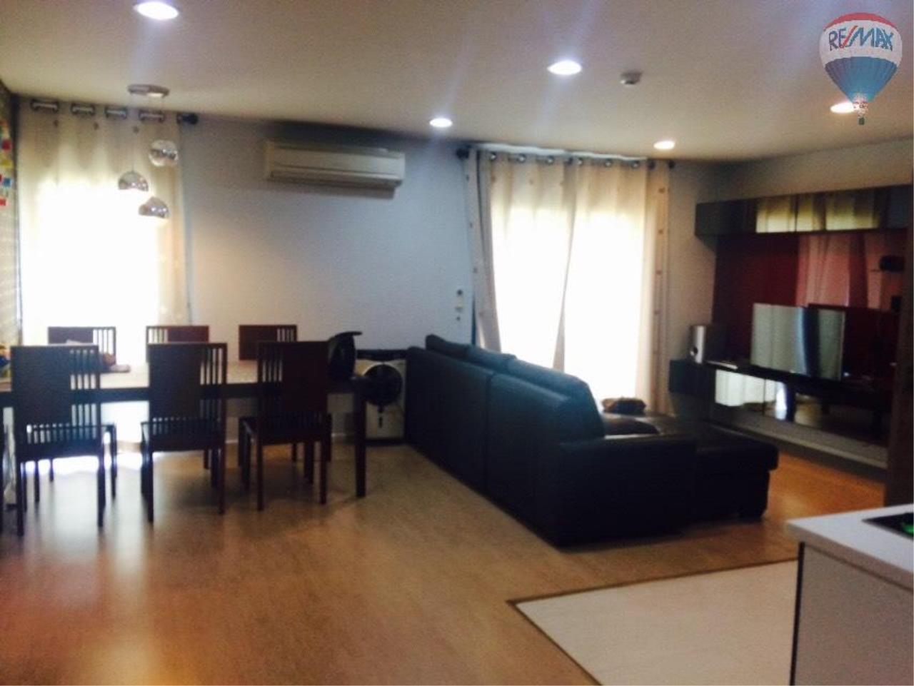 RE/MAX Properties Agency's Condominium for rent 2 bedrooms 92 Sq.m. at Renova Residence 18