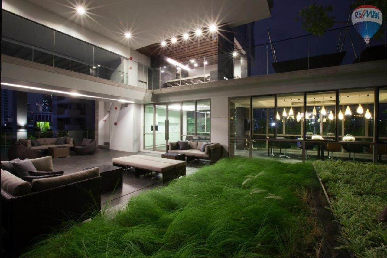 RE/MAX Properties Agency's Condominium for sale 1 bedroom 55.56 Sq.m. at Aequa 13