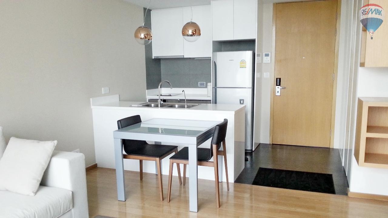 RE/MAX Properties Agency's Condominium for sale 1 bedroom 55.56 Sq.m. at Aequa 6