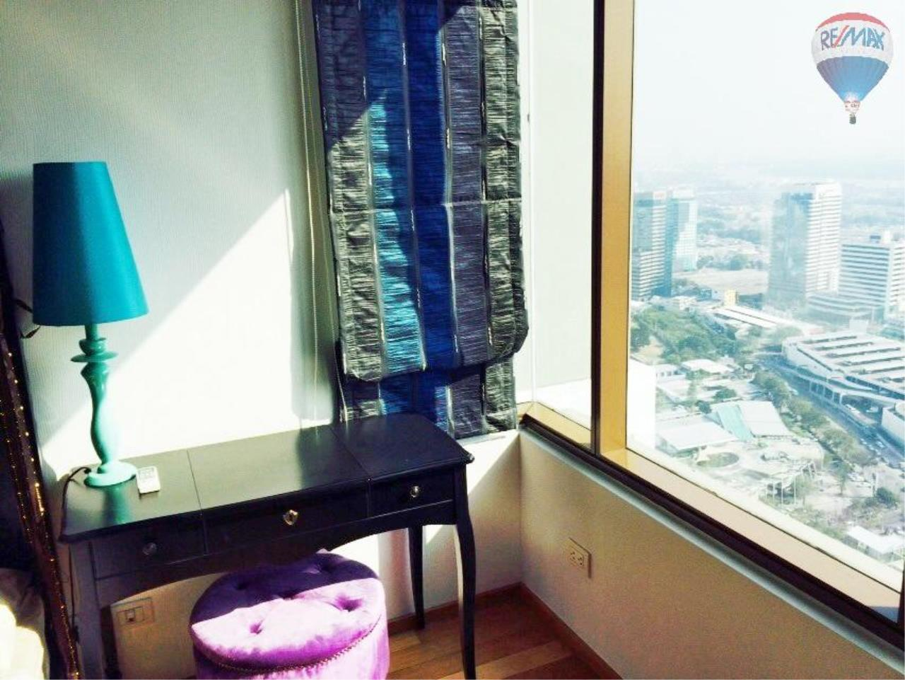 RE/MAX Properties Agency's Condominium for sale 1 bedroom 65 Sq.m. at Emporio Place 8