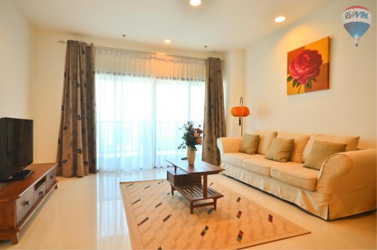 RE/MAX Properties Agency's 1 Bedroom for rent 4
