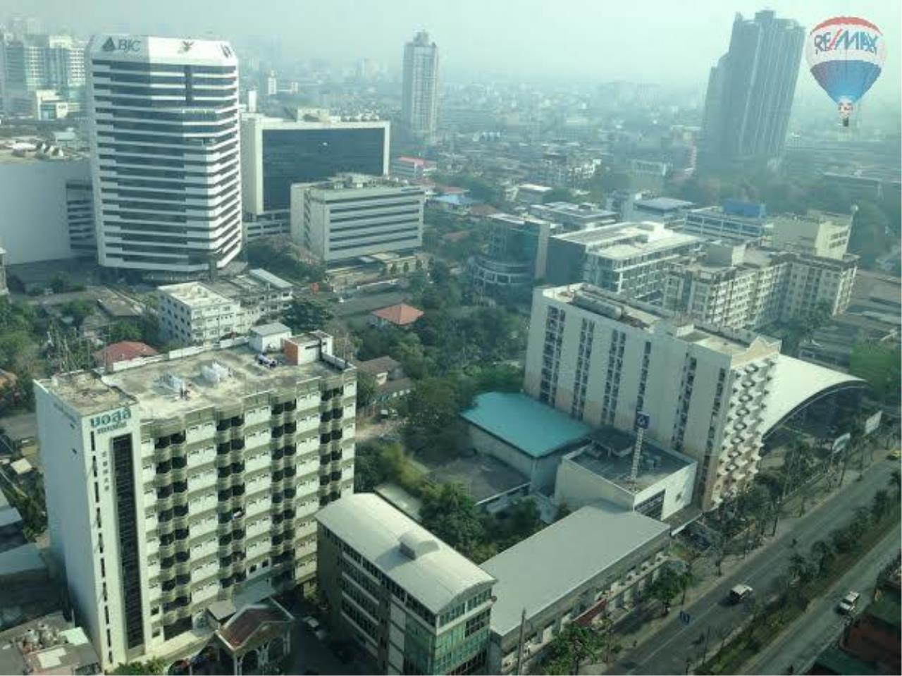 RE/MAX Properties Agency's 1 bedroom 28 Sq.M. for rent at Aspire Rama 4  17