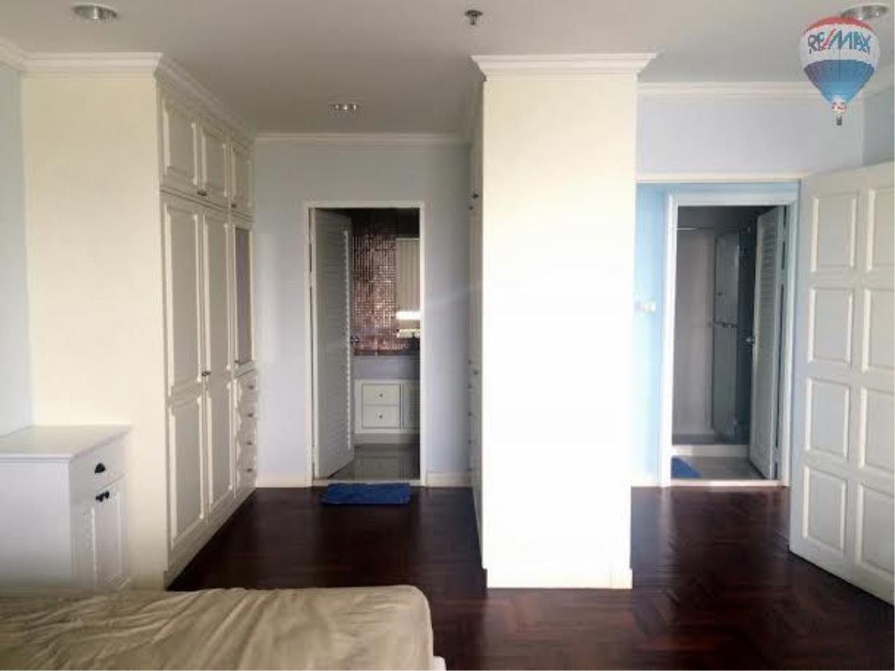 RE/MAX Properties Agency's 2 bedroom 130 Sq.M. for rent at Lake Green 11