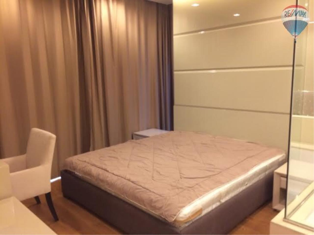 RE/MAX Properties Agency's 2 Bedrooms 80.5 Sq.M. for renting 60K in The Address Sathorn 8