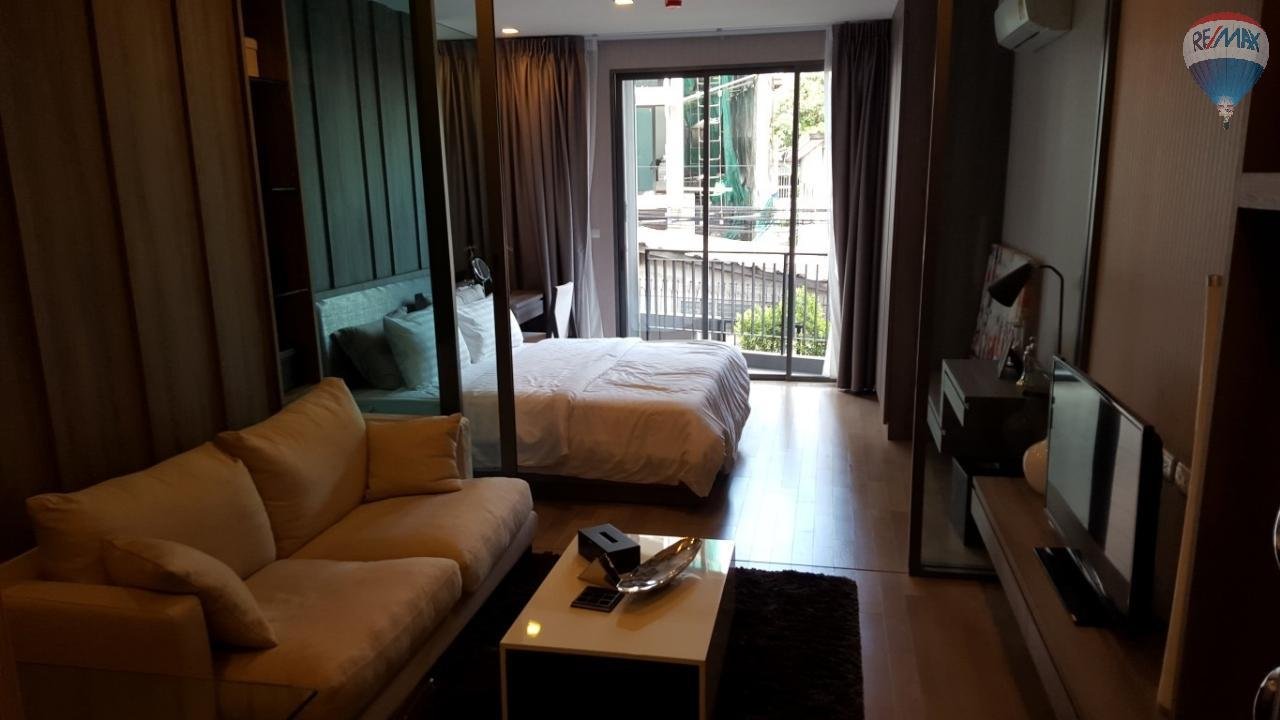RE/MAX Properties Agency's Trapezo Sukhumvit 16 1 Bedroom for Sale 1